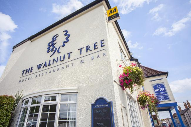 FEATURED: The Walnut Tree in North Petherton, Bridgwater