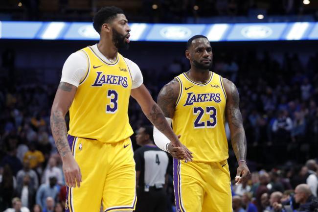 Lebron James And Anthony Davis Inspire Lakers To Mavericks