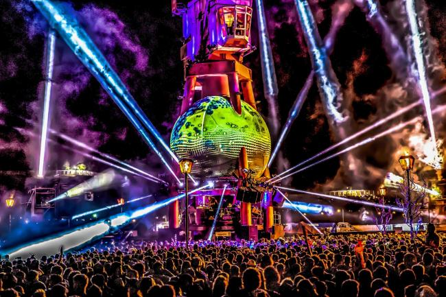 SPECTACULAR: Arcadia's pangea stage design at the 2019 Glastonbury Festival. PICTURE: Arcadia/PA Wire