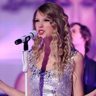 Bridgwater Mercury: Taylor Swift will donate 500,000 dollars to Nashville flood relief organisations