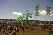THE sun comes out at Glastonbury 2011.