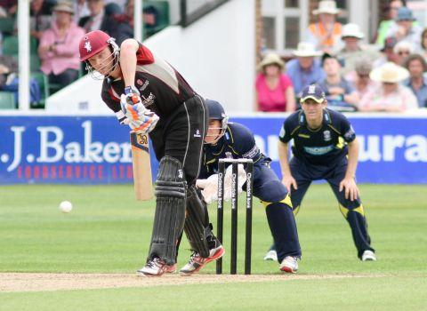 Jos Buttler hit nine fours on his way to 71. PHOTO: thomassmithpix.com