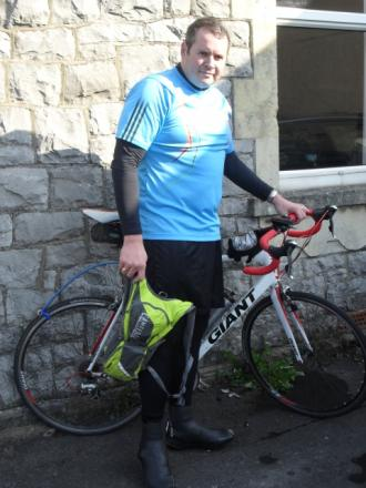 Puriton businessman cycles for cash