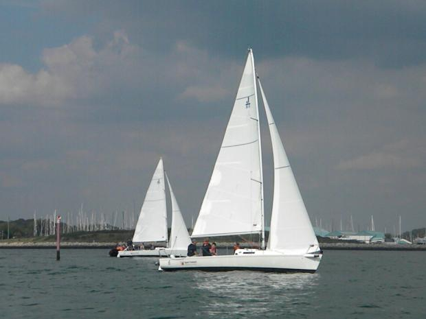 Durleigh Sailing Club beginners classes start
