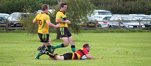 Matt Hastie runs over Bridgwater's first try . PHOTO: David Pomeroy
