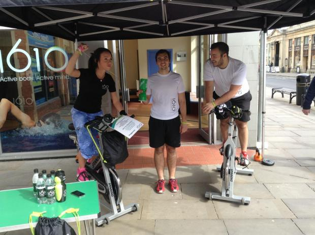 Bridgwater Mercury: Amber Roberts, Nathan Dyte and Tom Bramble raising money by working up a sweat.