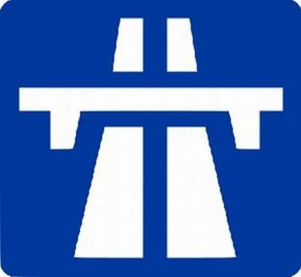 Three people hurt after car overturns on M5 in Somerset