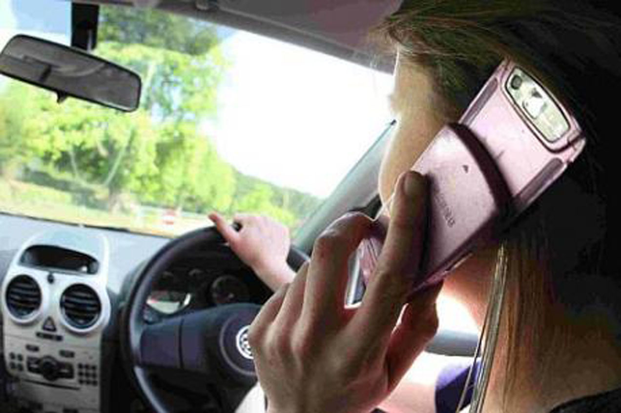 the use of mobile phones while driving should be banned Idaho while there are no current regulations covering distracted driving, a bill is expected to pass in 2012 that will ban texting while driving illinois school bus drivers and those under the age of 19 cannot use mobile phones at all texting while driving is banned completely for everyone.