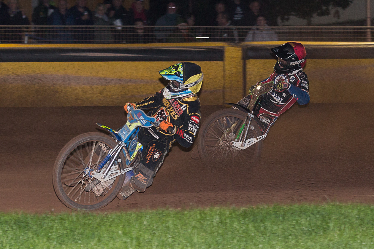 CLOSE BUT NO CIGAR: Somerset's Charles Wright on the outside of Wolverhampton's Kyle Howarth. Pic: Colin Burnett