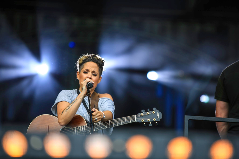 Grammy winner Amy Wadge in concert at Stogumber