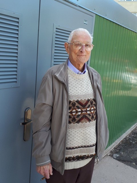FIRST: Kenneth Scott, 93, was one of the first to use the new bin store