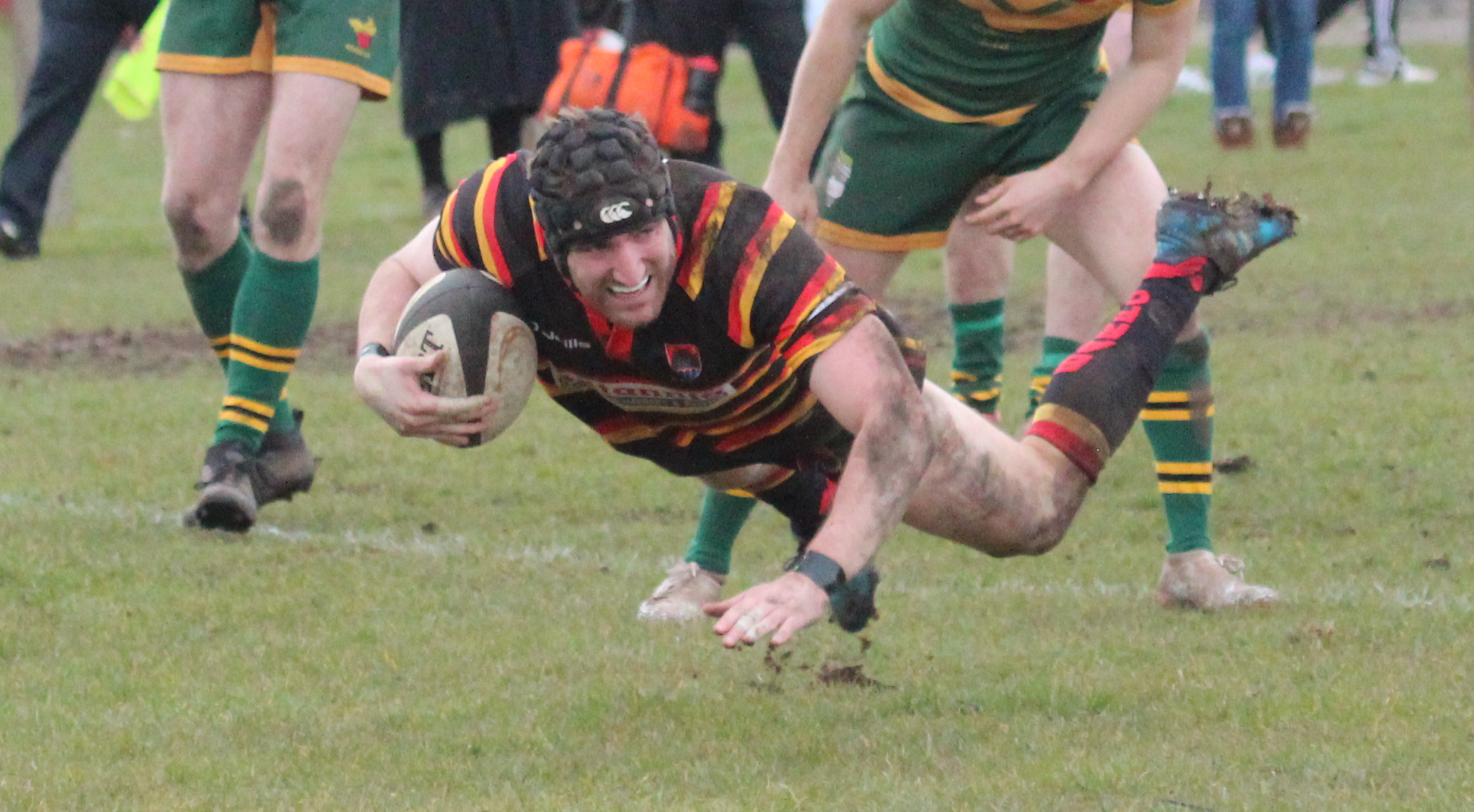 TRY TIME: Rob Gurnett and his Bridgwater & Albion side ran riot against Cullompton. Pic: Ben Pomeroy