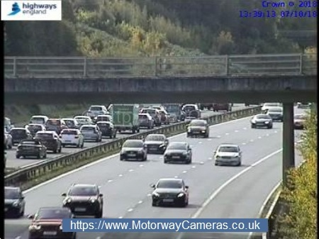 TRAFFIC: Queues build after vehicle fire closes two lanes of M5