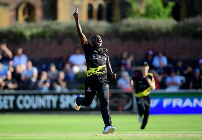 RE-SIGNED: Jerome Taylor will return to Somerset in 2019. Pic: Alex Davidson/SCCC